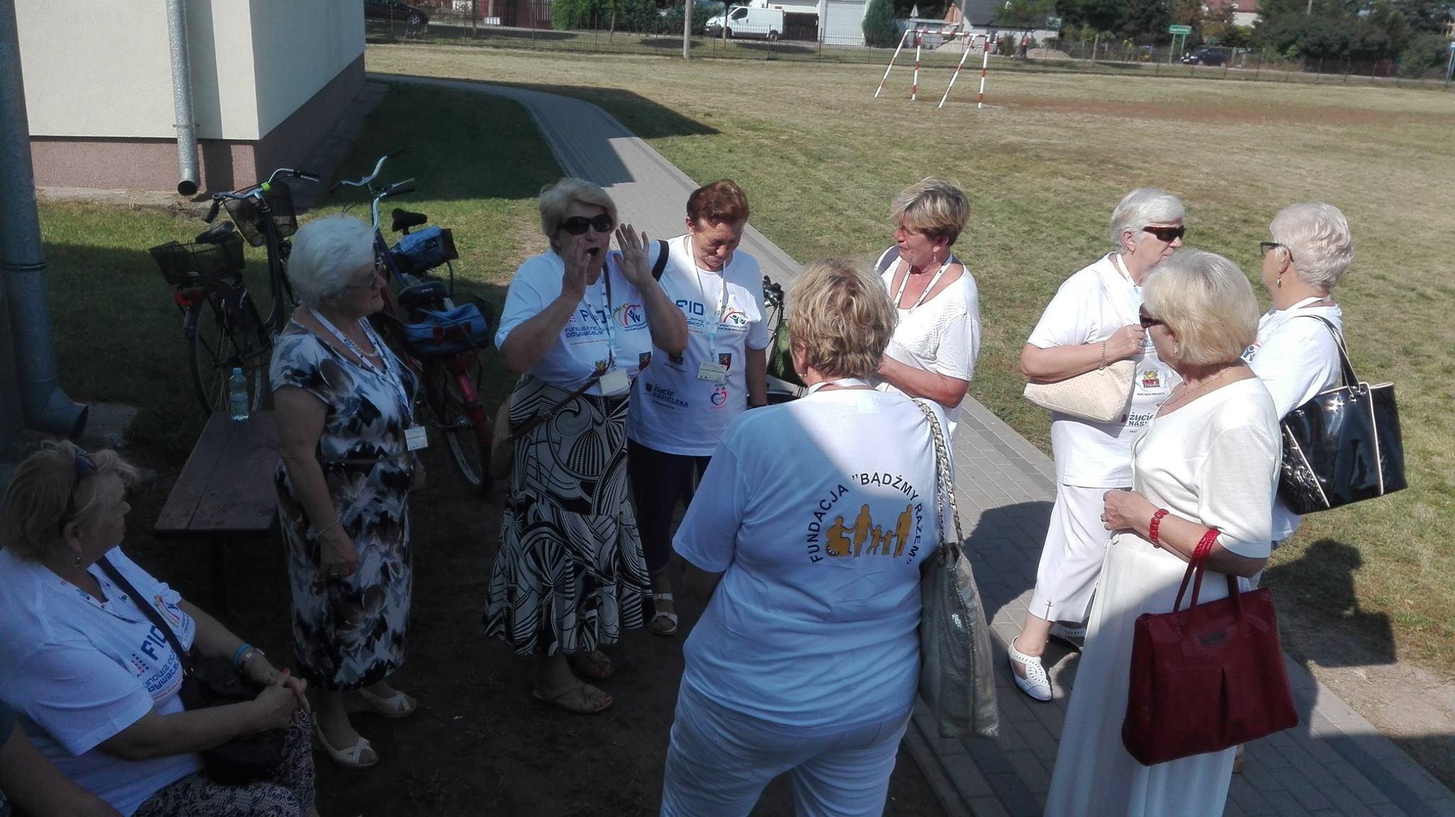 Wolontariusze w Zespole Szkół w Pieścirogach